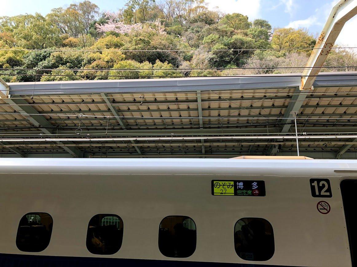 東海道・山陽新幹線(神戸駅)