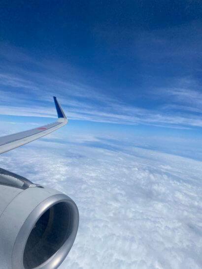 飛行機の機中からの景色