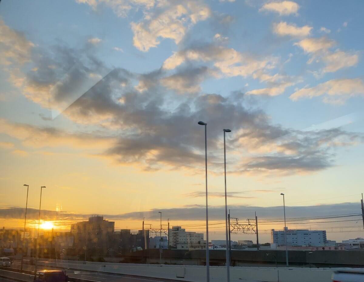 成田空港へ向かう車中からの眺め